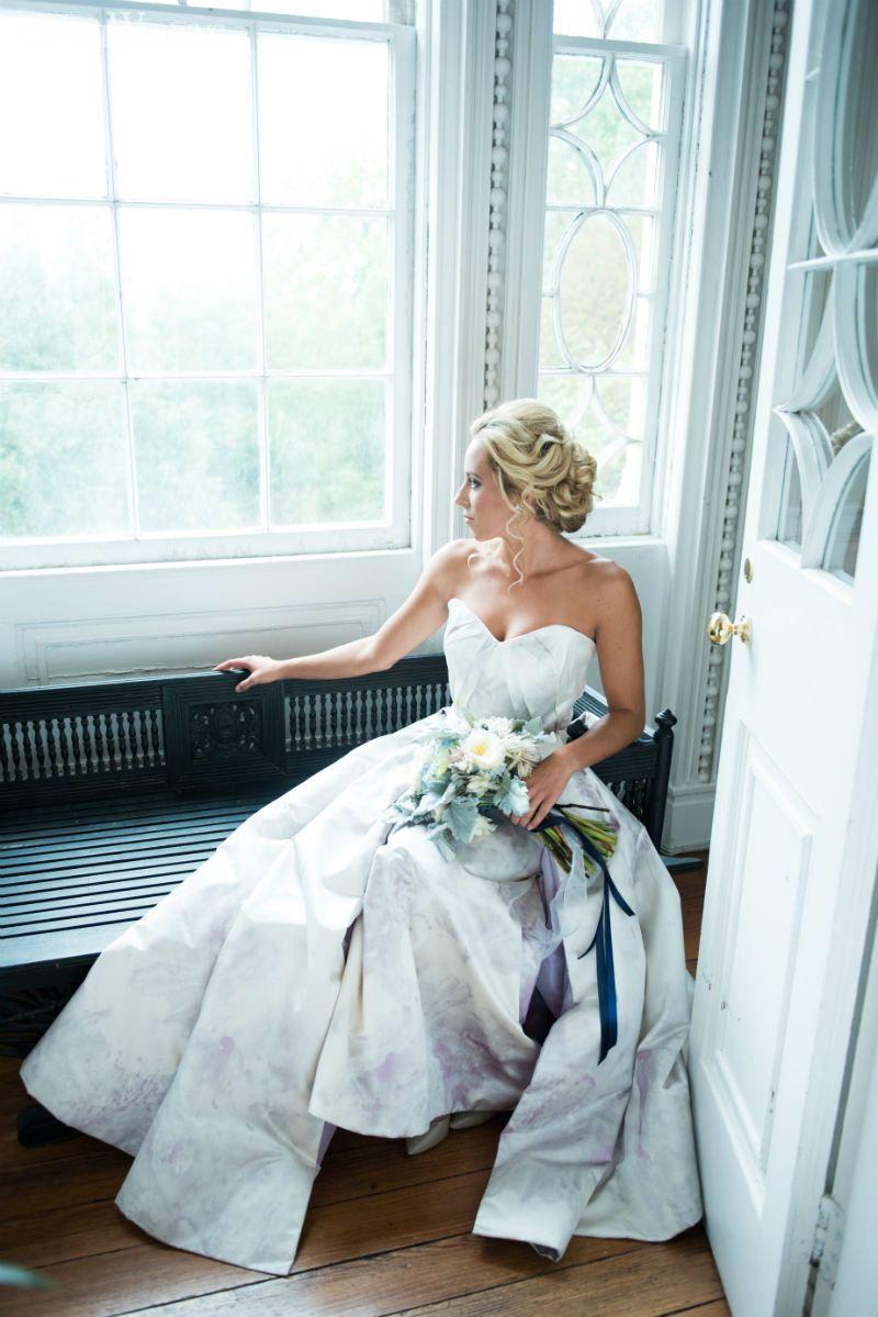 Delft Blue Garden Party Wedding Inspiration | Blue garden, Wedding ...