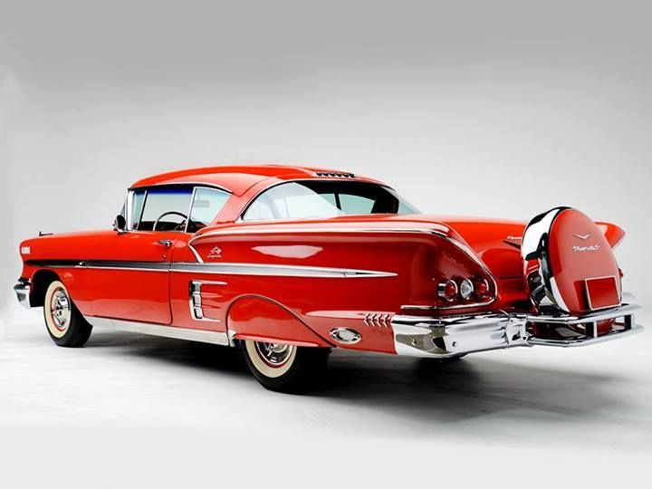 More vintage cars, hot rods, and kustoms