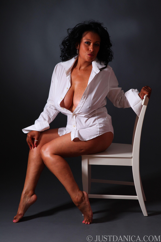 Danica Collins Vixen White Shirts Lady Hot Curvy Boobs