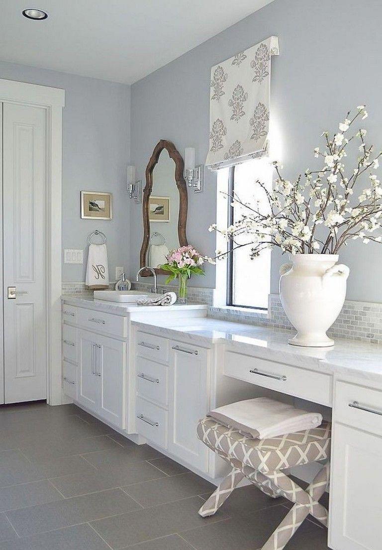 32+ Stunning Farmhouse Master Bathroom Ideas
