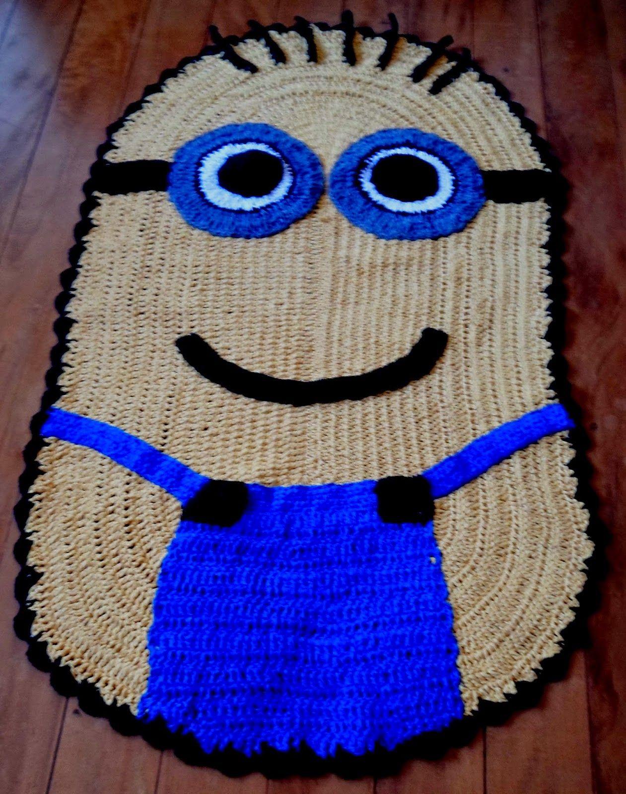 Tapetes criativos tapete minions tejidos pinterest for Tejidos de alfombras