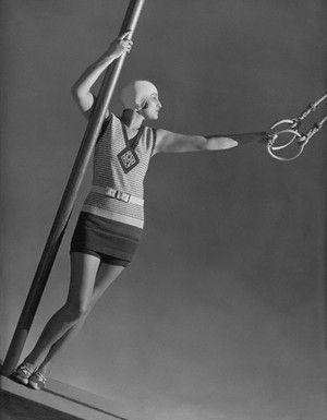 Resultado de imagem para Sportswear moda dos anos 20