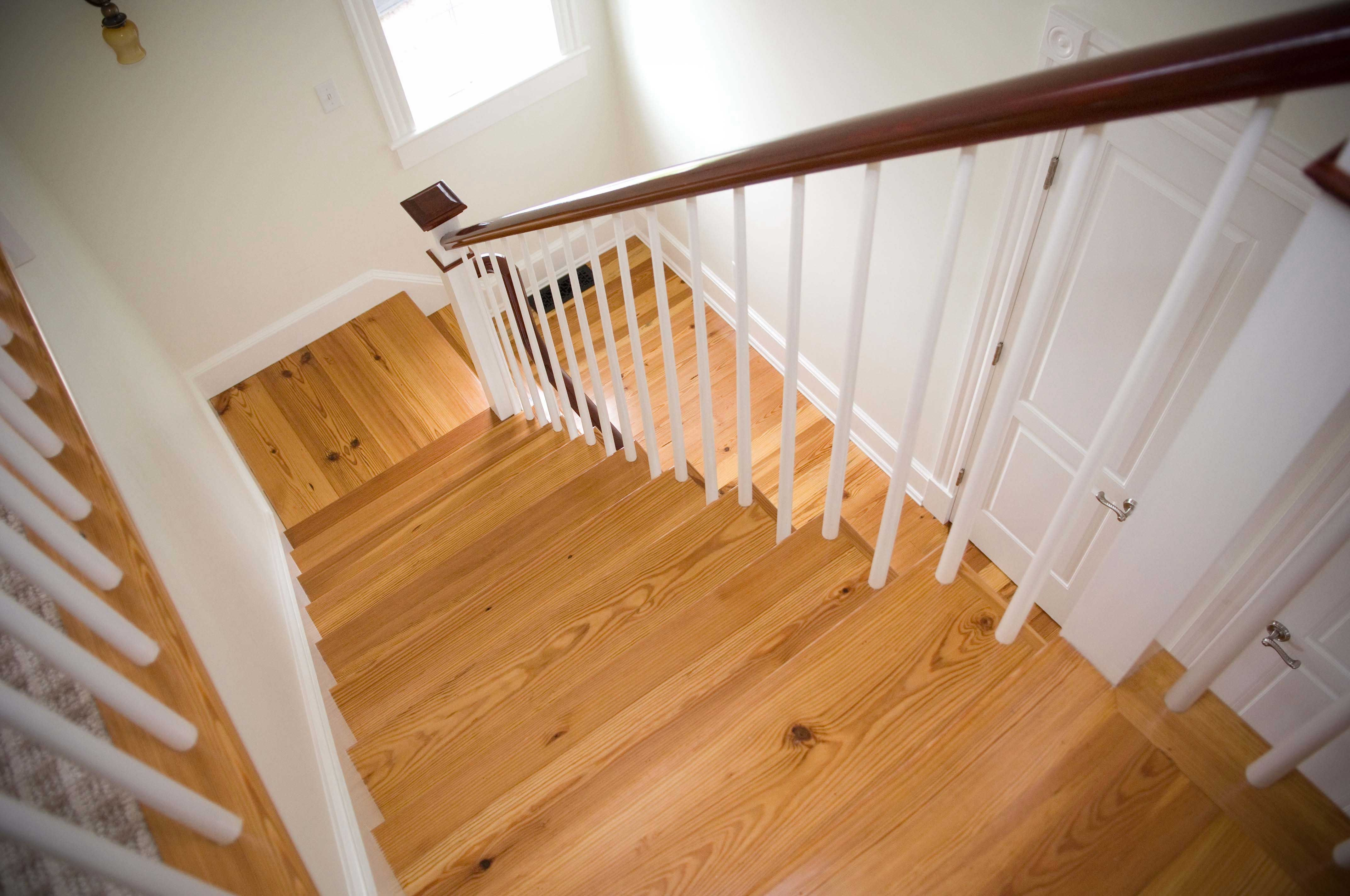 Best Stairs Google Search Rustic Stairs Wood Stair Treads Wood Stairs 400 x 300