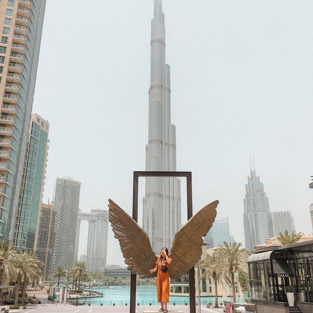 Felt like an angel in Dubai ✨✨✨#Dubai #travel #traveling #adventure #angel #wings 👼