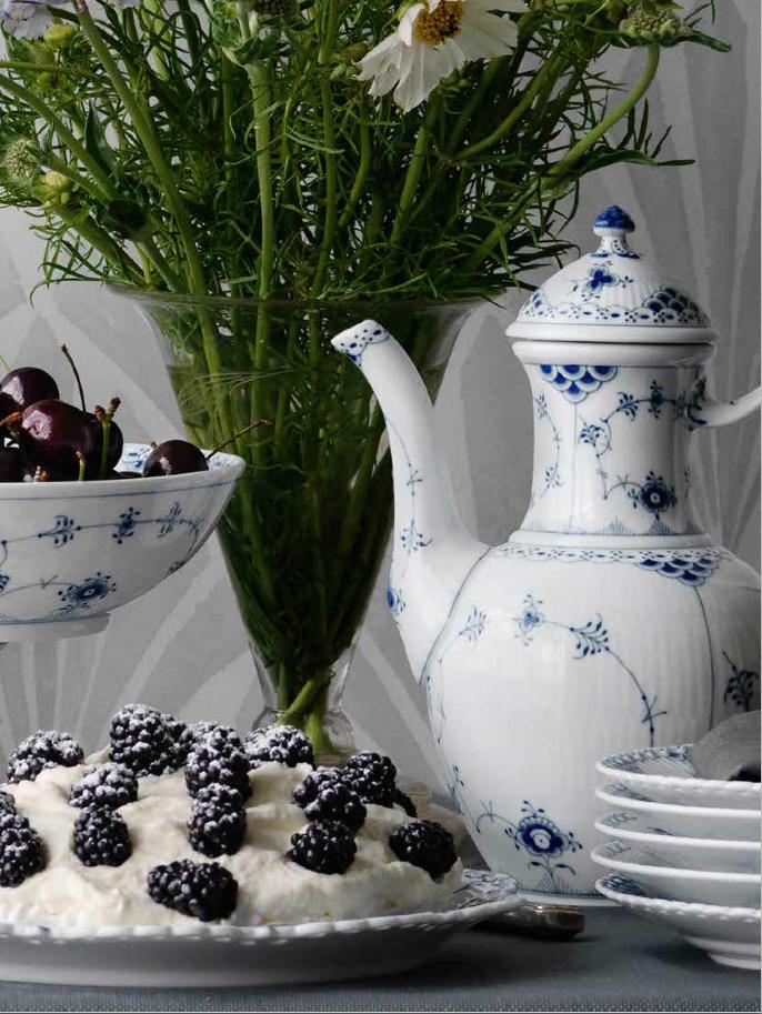 royal copenhagen spring catalogue 2014 denmark. Black Bedroom Furniture Sets. Home Design Ideas