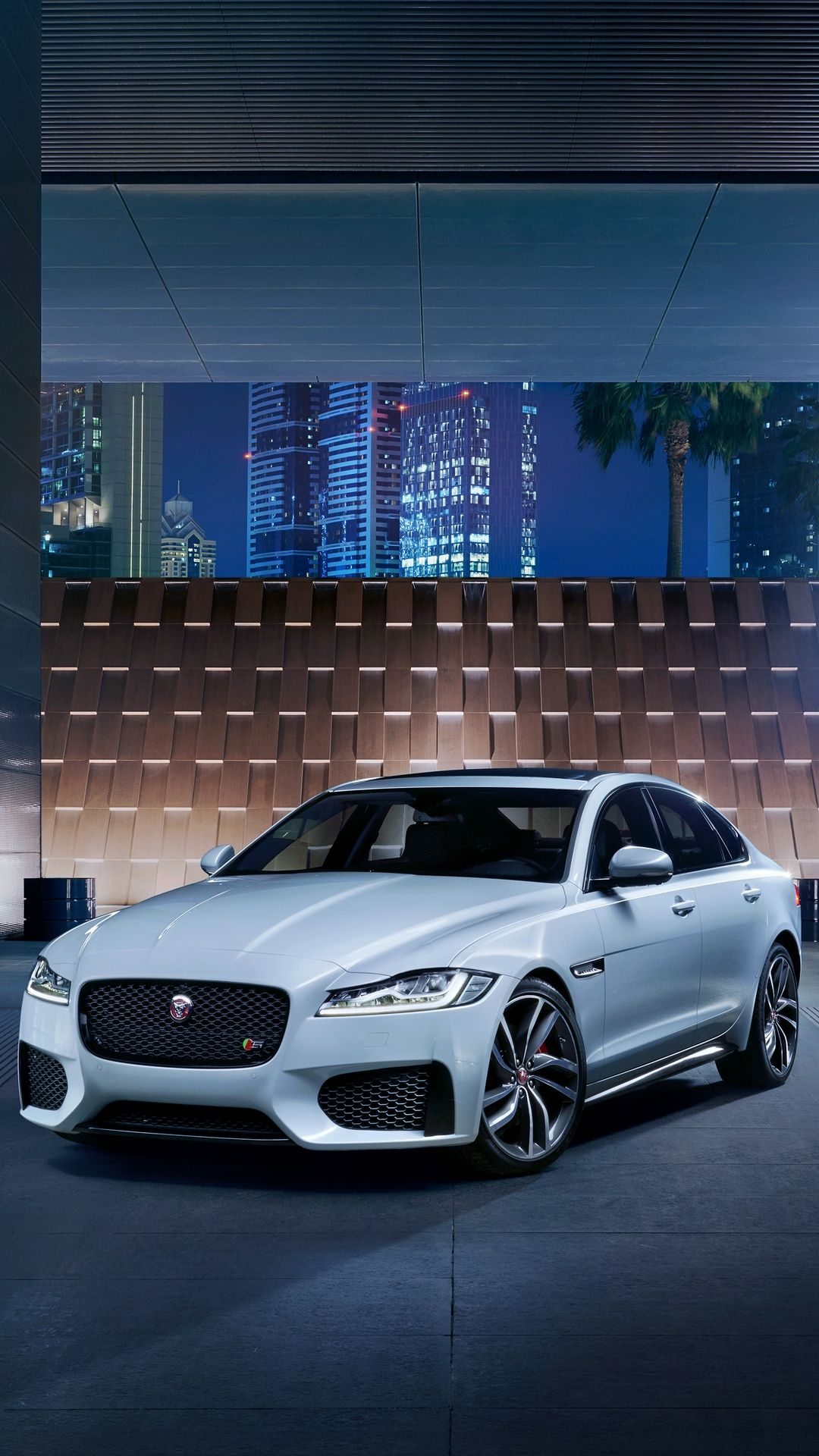 Install Daily Horoscope 2019 Xf S Test1 Awd Jaguar Cars Wallpaper Lockscreen Mobile Android Ios Infinitywallpaper Carros