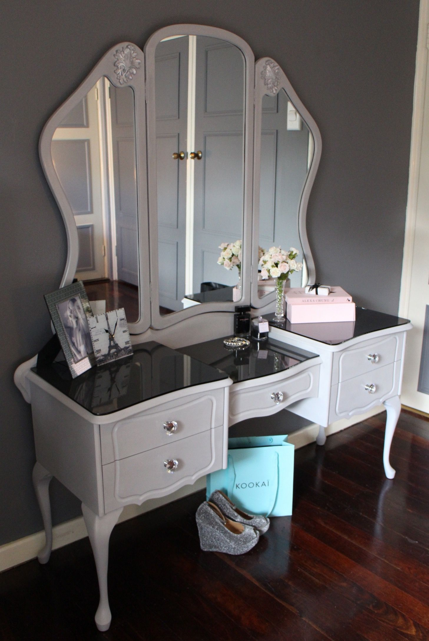 Queen Anne Dressing Table Painted AS Paris Grey Love It - Glass tops for bedroom furniture
