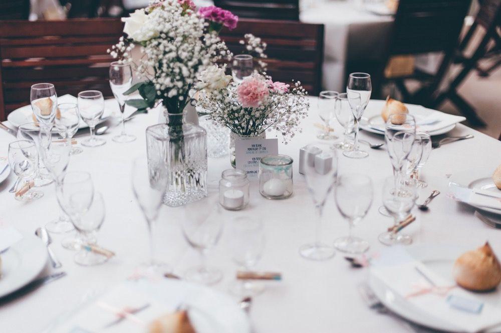 Une décoration de table pour un mariage bleu | The Great Palette