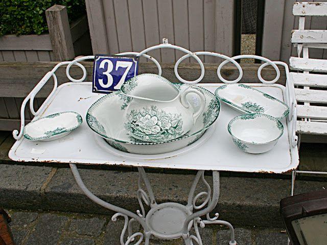 Antique basin stand with porcelain set  -- gorgeous!