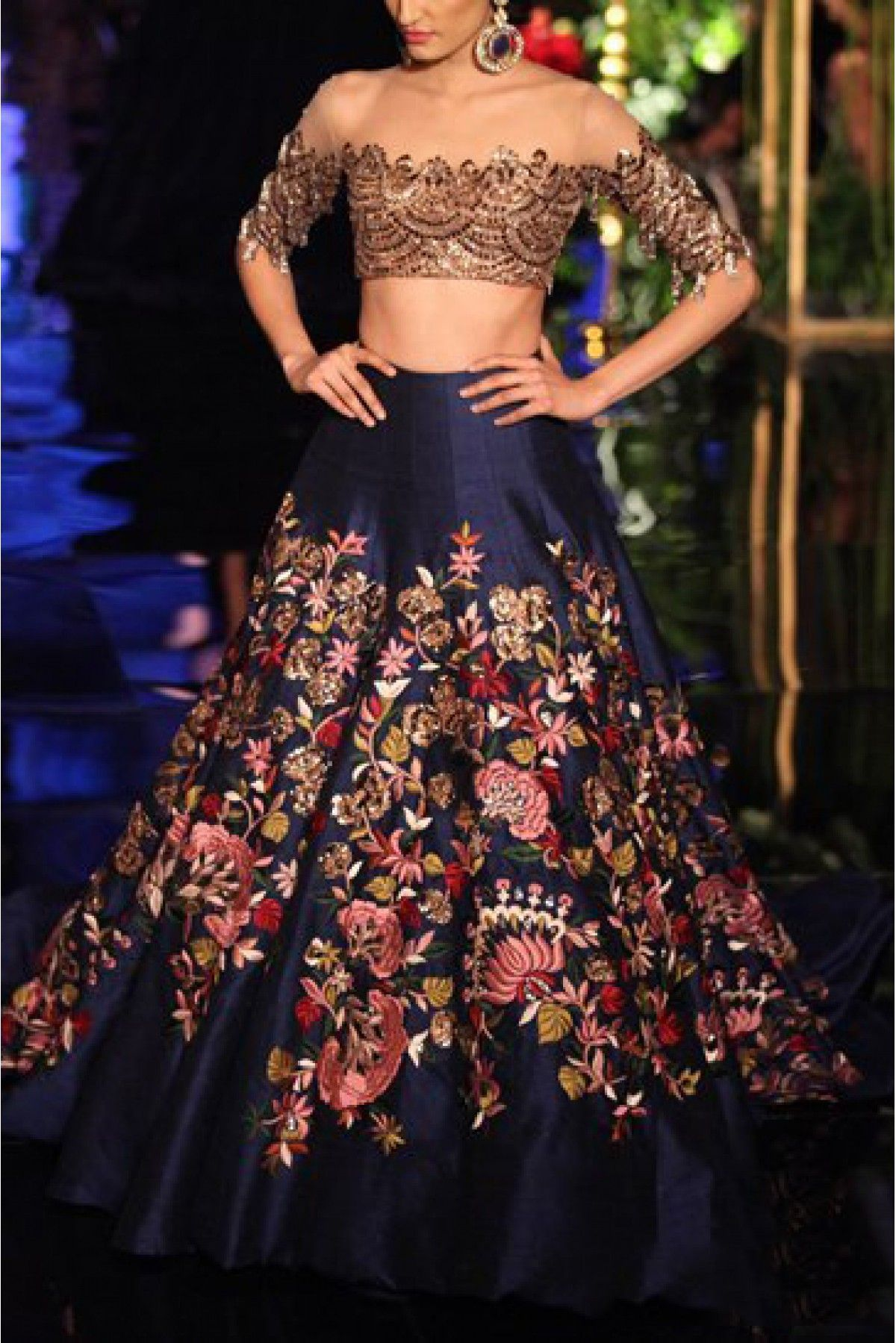 80c1ce747b Model IS Looking Sizzling Hot In The Designer Bollywood Saree. The Fusion  Of Embroidery Adds