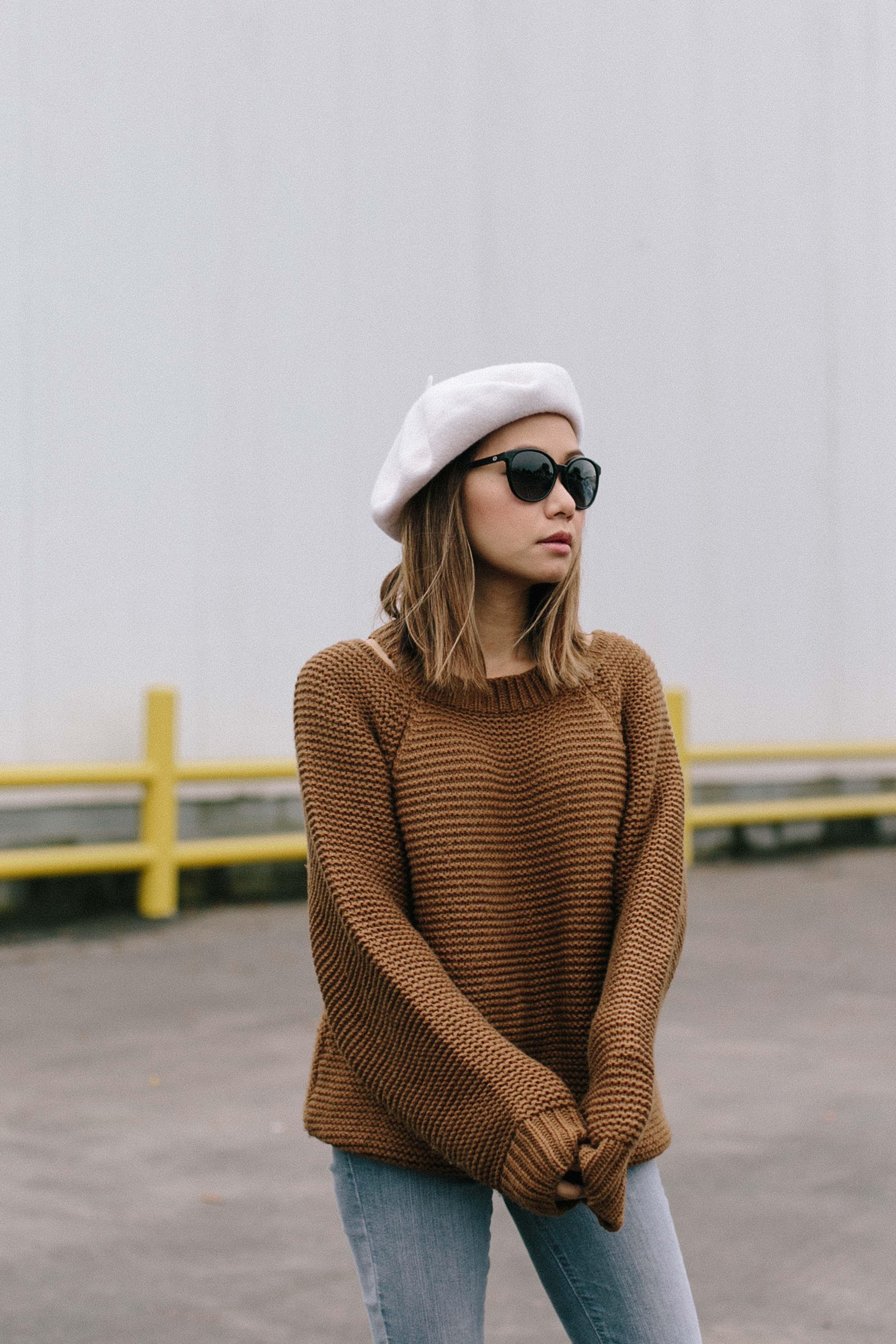 f05a2ec0099b chestnut sweater, brown sweater, cognac sweater, beret outfit ideas, fall  ootd, french girl fashion, french girl style, petite blogger, OC blogger,  ...