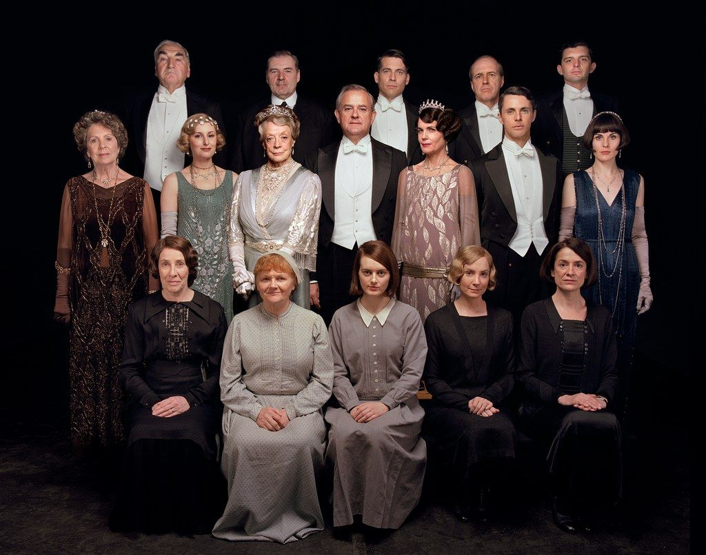 Exclusive The Downton Abbey Cast Reunites For A First Look Plus