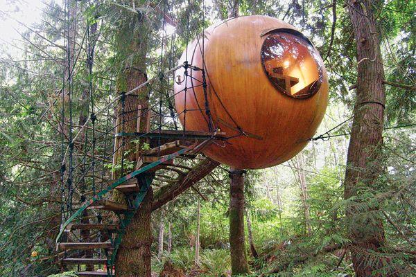 Globe Tree House, Canada
