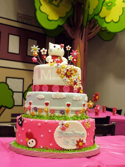 love this hello kitty birthday cake Cakes cakes cakes