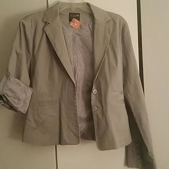 Woman's blazer Grey  blazer, wear sleeves up or down Love Culture Jackets & Coats Blazers
