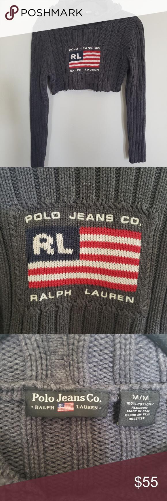 """Vintage // Ralph Lauren flag hoodie crop top • S i z e  R e f e r e n c e  • -Model: 5""""2 • D e t a i  l s •  -Self cropped (raw hem) -Conditio..."""