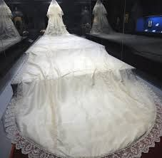 princess diana wedding dress with her very long train on display in cincinnati princess diana wedding princess diana wedding dress diana wedding princess diana wedding dress with her