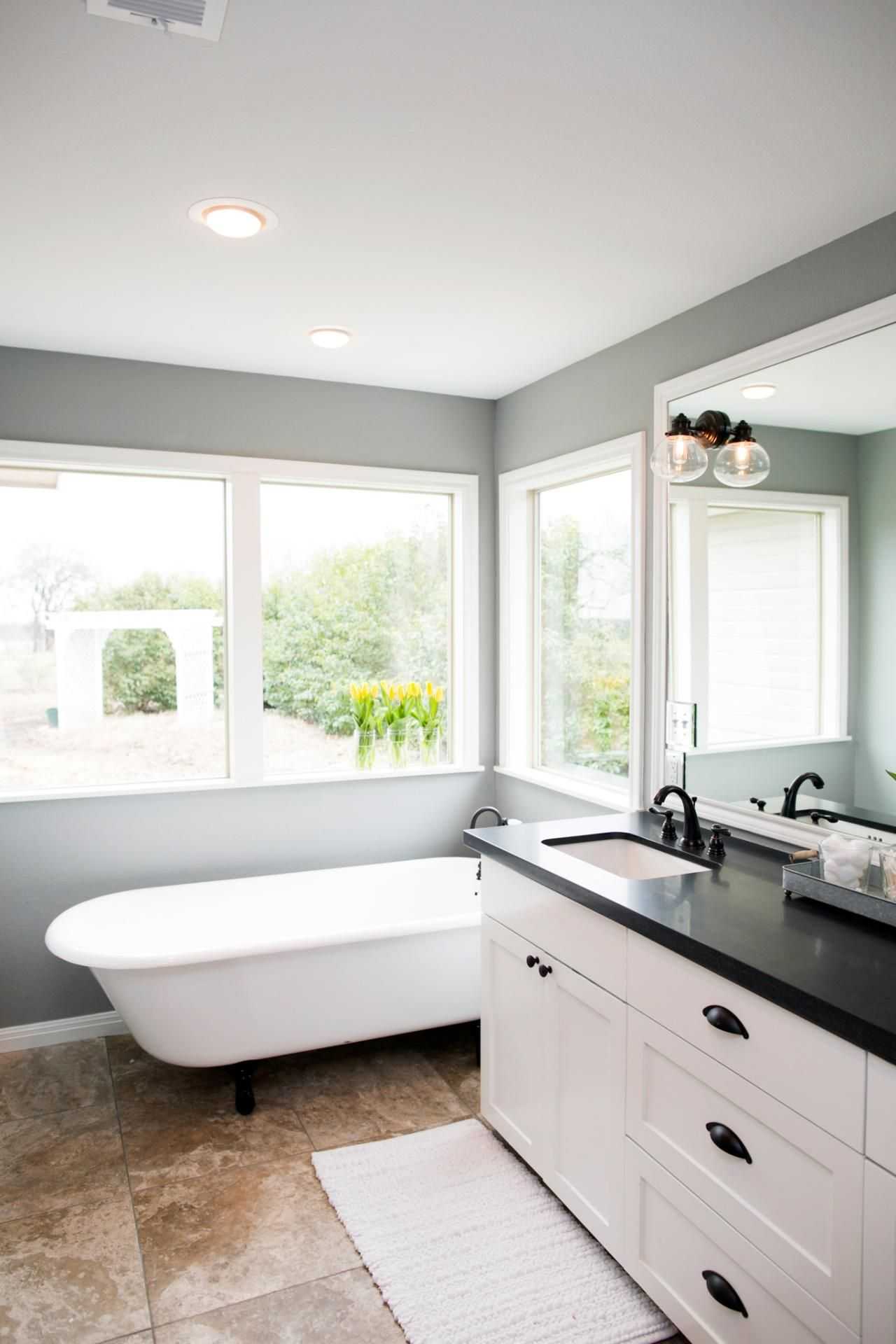 Fixer Upper\'s Best Bathroom Flips | Cottage | Pinterest | Joanna ...