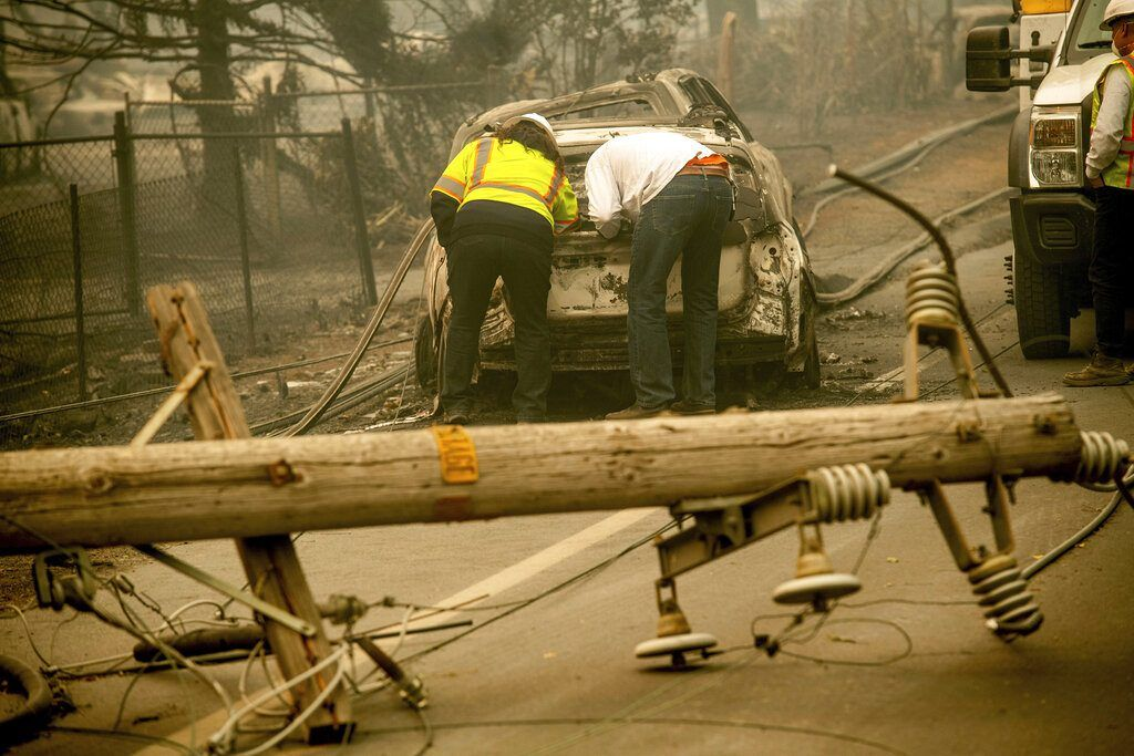 Pge facing colossal liability seeks bankruptcy