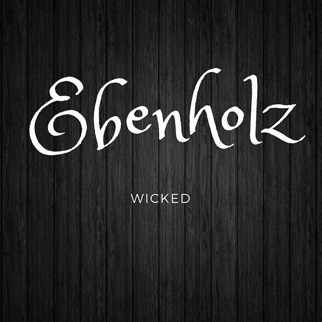 Ebenholz-Magazin-Modelle