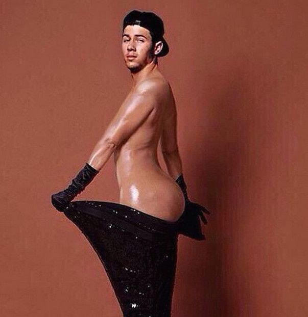 Busty plump masterbate nude