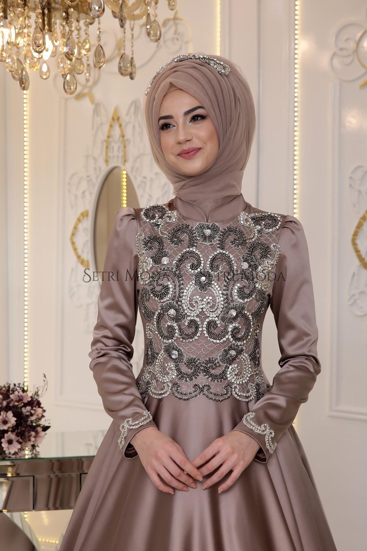 caac9ce21e103 Pınar Şems Tesettür Giyim - Pınar Şems Saten Sahra Abiye - 885,00 TL ...