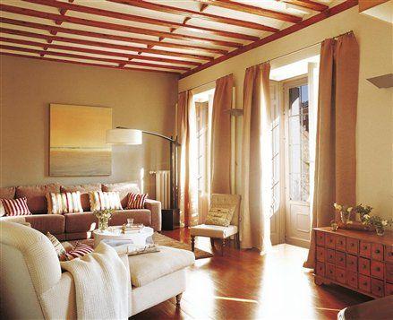 Pintura cambia tu casa con los efectos del color for Interiores de casas clasicas
