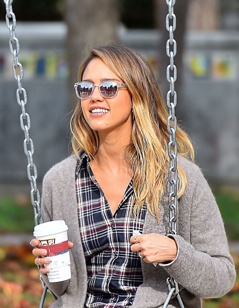 Jessica alba and the yearround appeal of beach blonde hair beach