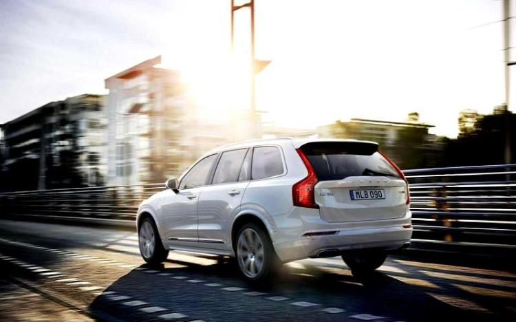 2016 Volvo Xc90 Release Date Back Tail Lights Volvo Xc90 Volvo Upcoming Cars