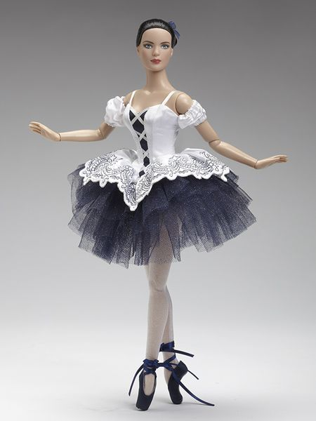 Classical | Tonner Doll Company, I REALLY like this one, It looks just like me :D