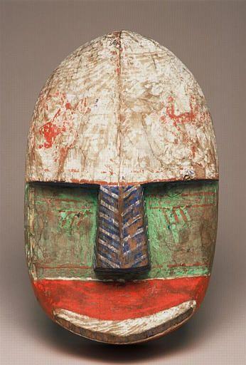 Masque au nez à chevrons renversés, Archipel de Kodiak, Alaska, collecté en 1871/2 par Alphonse Pinart (1852-1911)