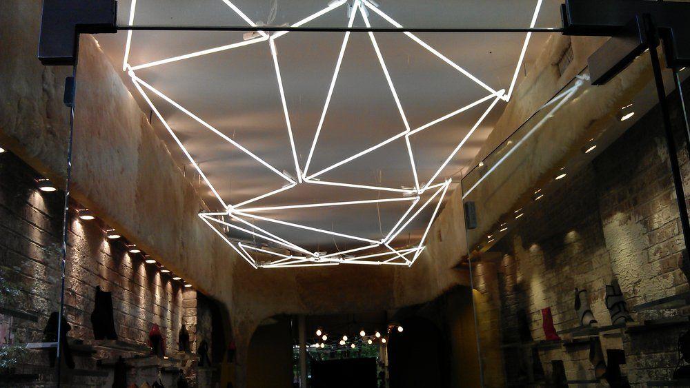Plafoniere Per Neon Negozio : Neon in ceiling google search lighting