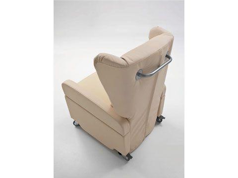 Poltrona alzapersona per disabili e anziani montascale