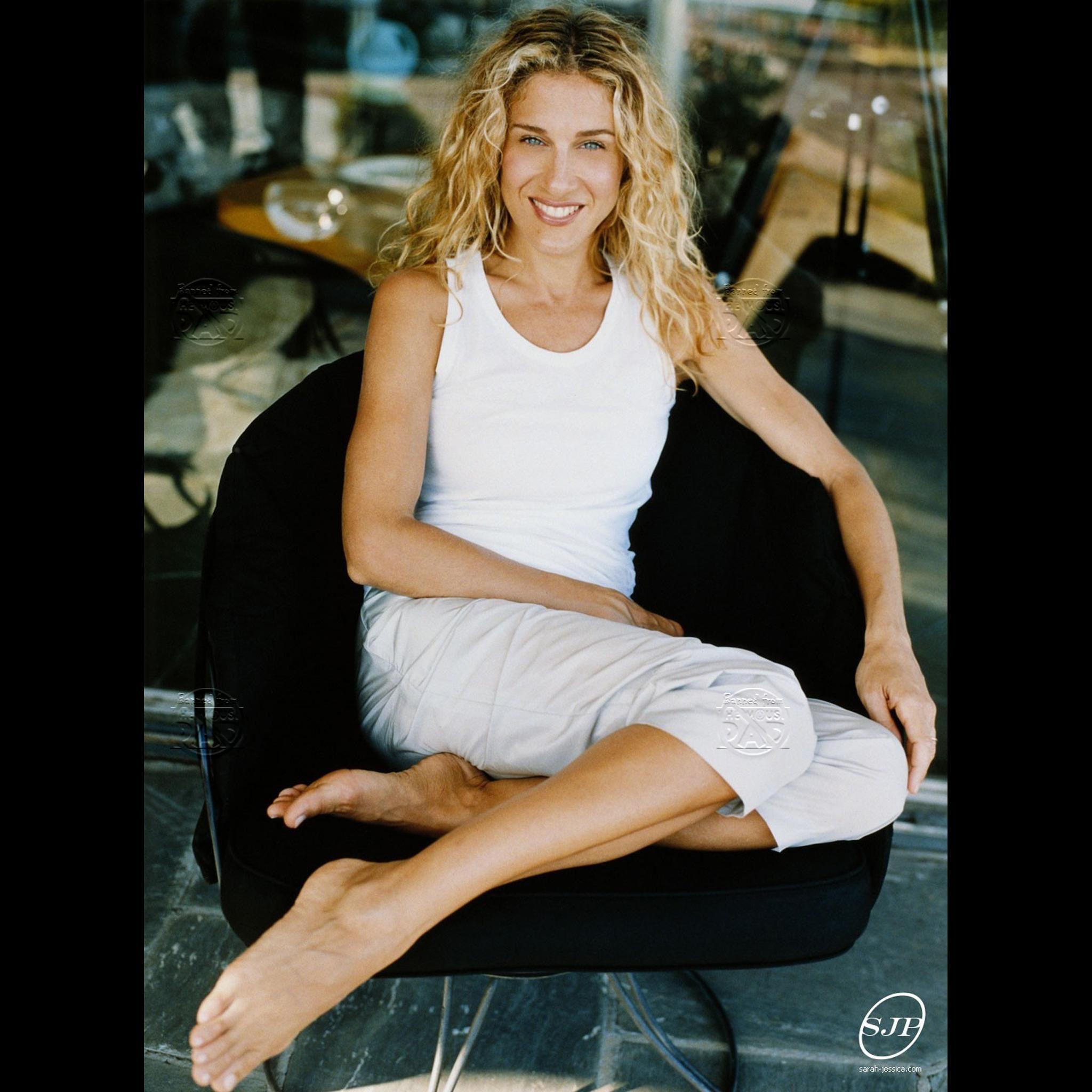 blondes legs women stockings high heels sarah jessica