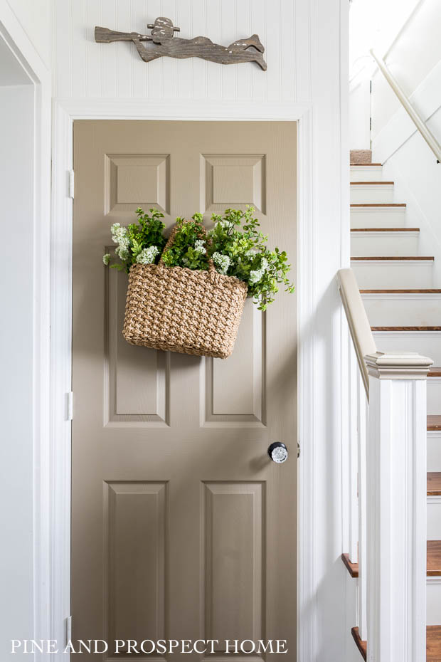 Simple Decorating Ideas for Thrift Store Baskets