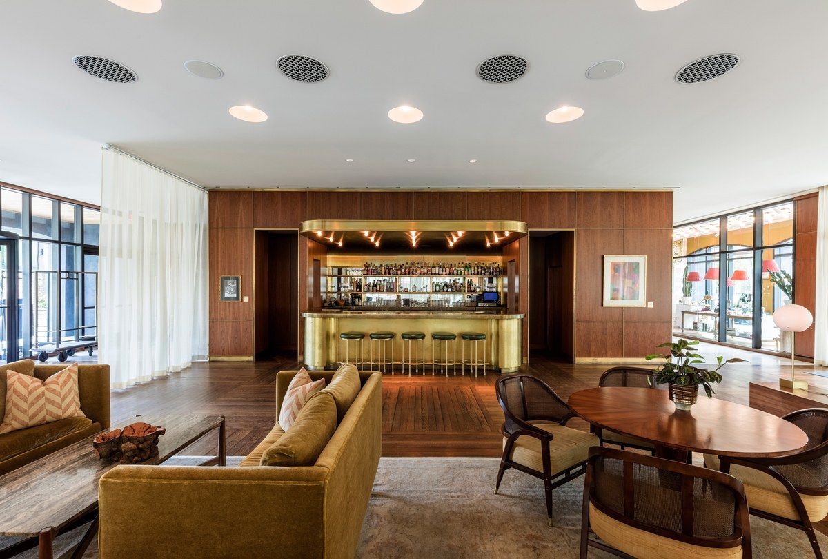 15 Best Bars In Charleston Living Room Bar Cool Bars Mini Bar