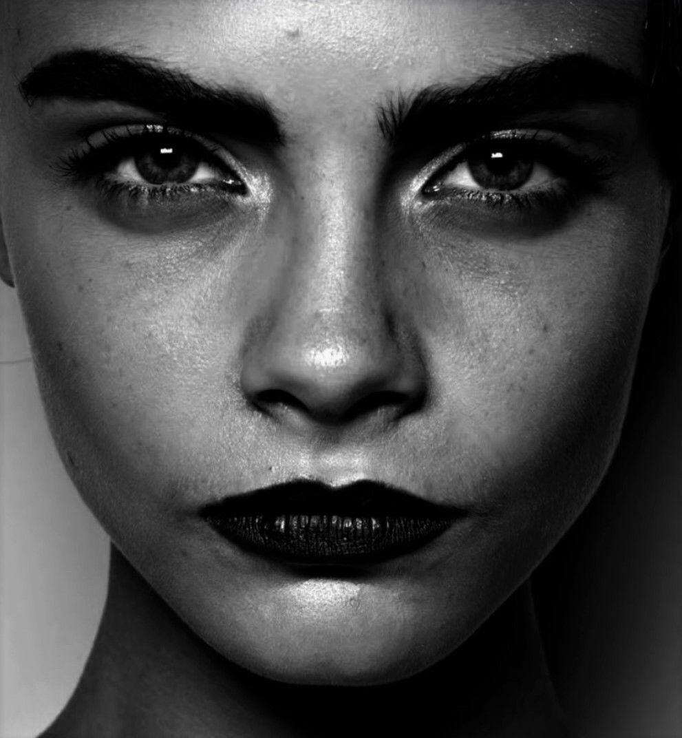 Cara delevingne black white