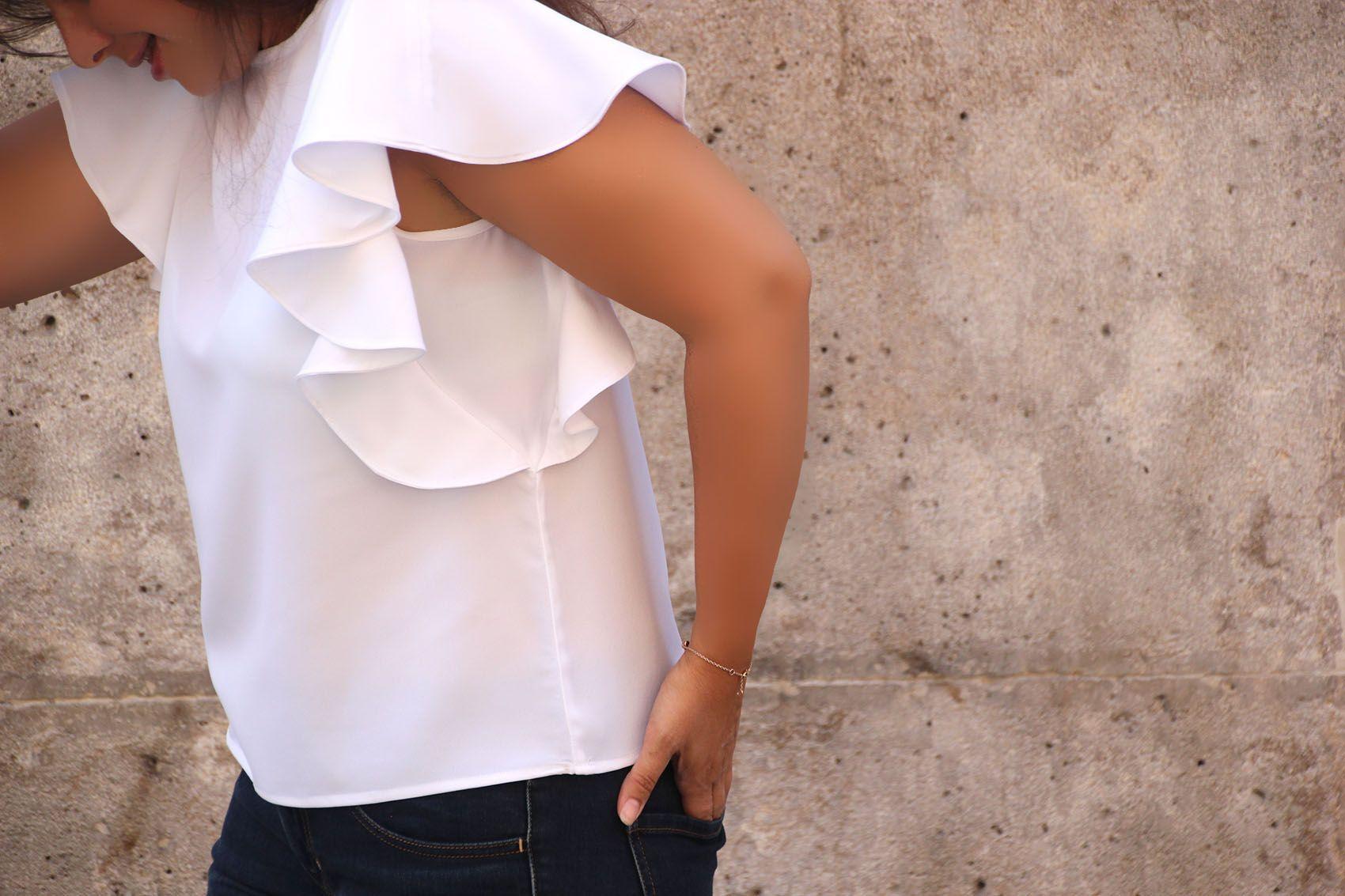 0cba8f8fb DIY Costura  Como hacer blusa con volantes en las mangas (patrones gratis)