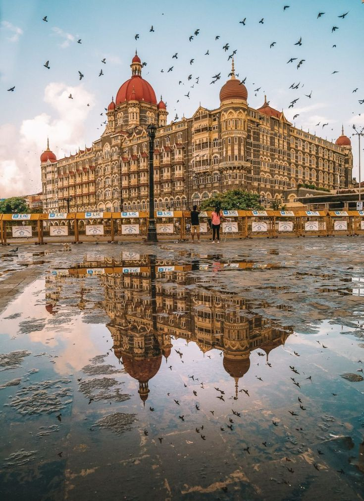 15 Best Things To Do In Mumbai, India (5) India | Travel Destinations | Honeymoon | Backpack | Backpacking | Vacation South Asia | Budget | Off the Beaten Path | Trekking | Bucket List | Wanderlust | Things to Do and See | Culture | Food | Tourism | Like a Local | #travel #vacation #backpacking #budgettravel #offthebeatenpath #bucketlist #wanderlust #India #Asia #southasia #exploreIndia #visitIndia #seeIndia #discoverIndia #TravelIndia