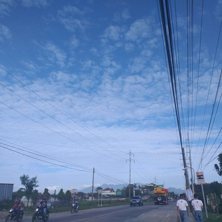 #sky #bluesky #walking #niceview #beautifulsky