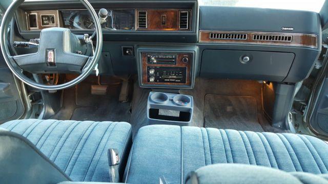 1985 Oldsmobile Cutlass Supreme Base Sedan 4-Door 3 8L