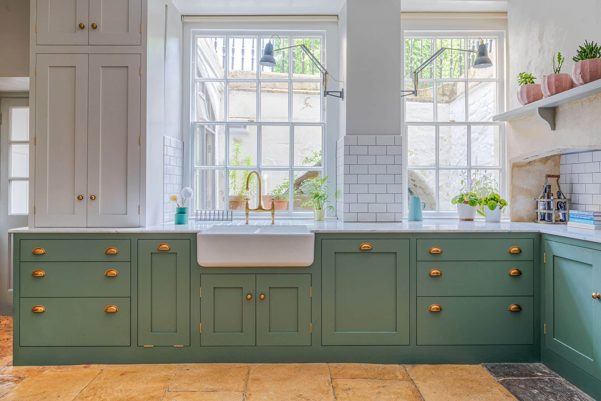 The Green Shaker Kitchen Sustainable Kitchens Dark Green Kitchen Turquoise Kitchen Cabinets Kitchen Cabinet Styles