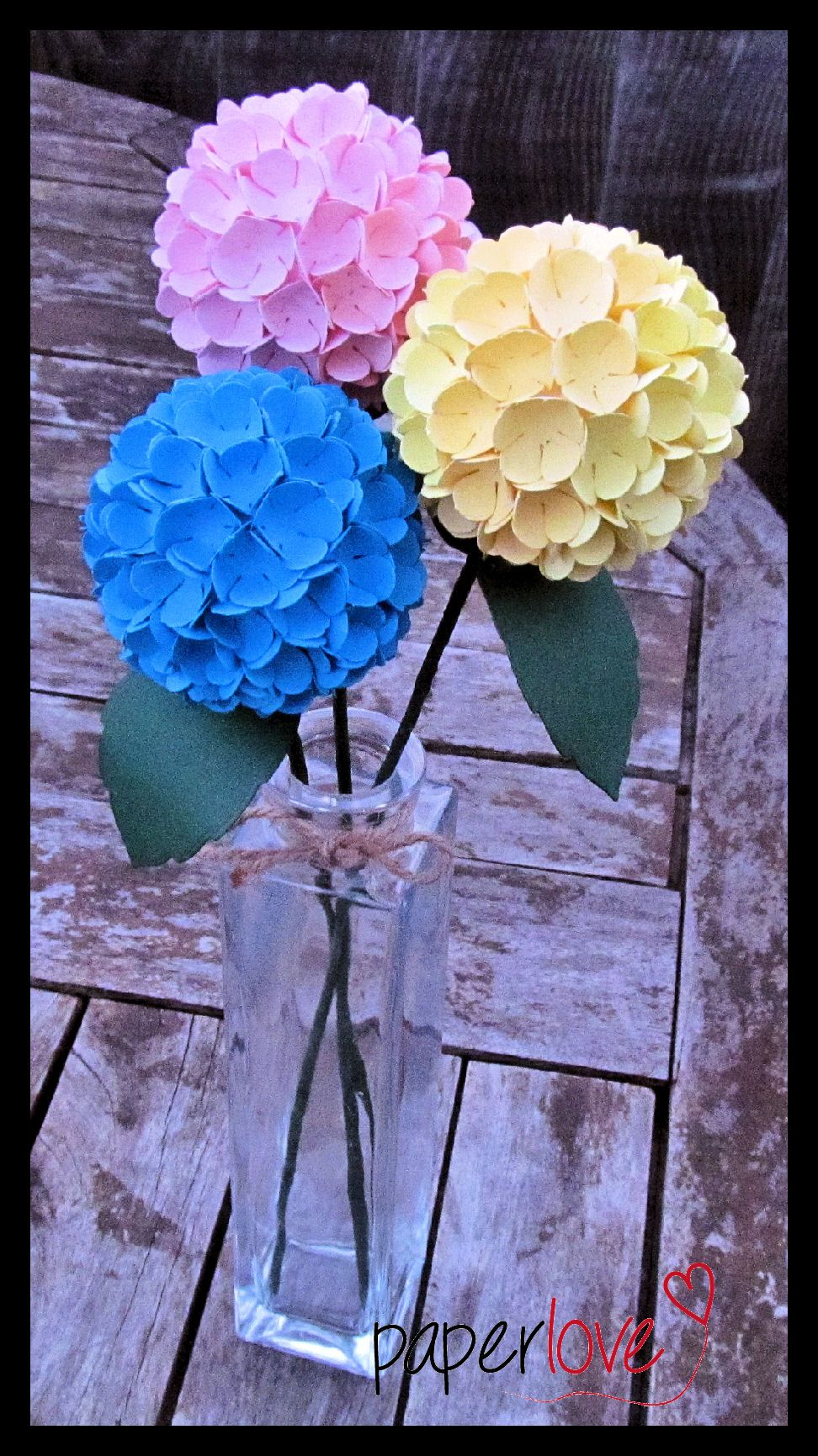 Paper Hydrangea Flower Tuts For Paper Crafting Pinterest