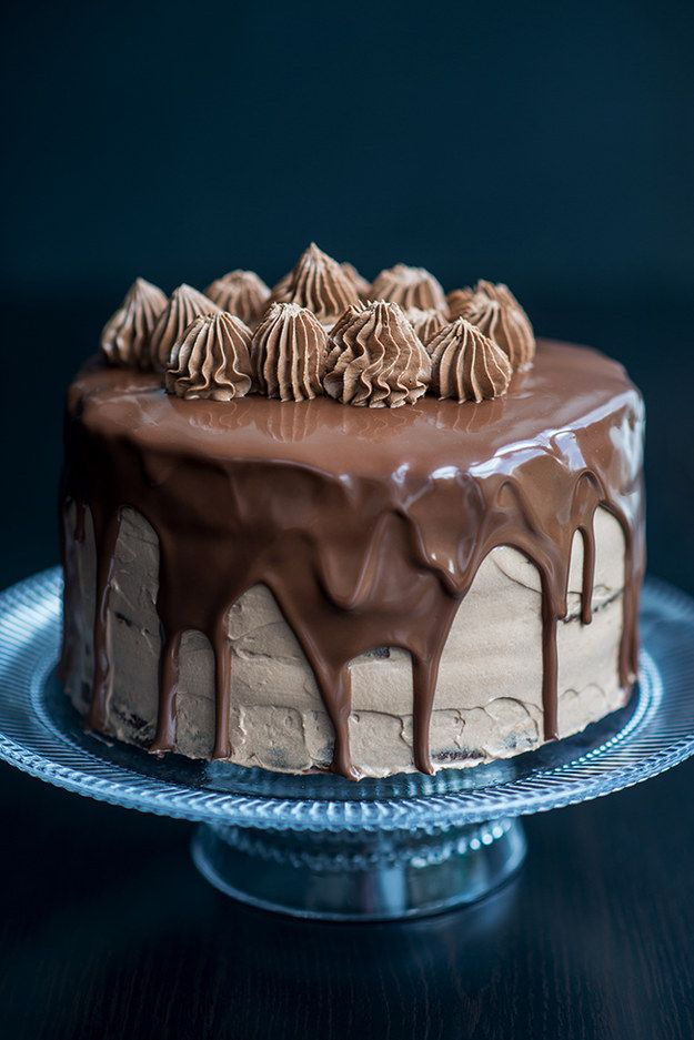 Chocolate and Nutella Cake   Community Post: 26 Delectable Chocolate Treats To Seduce Your Valentine With