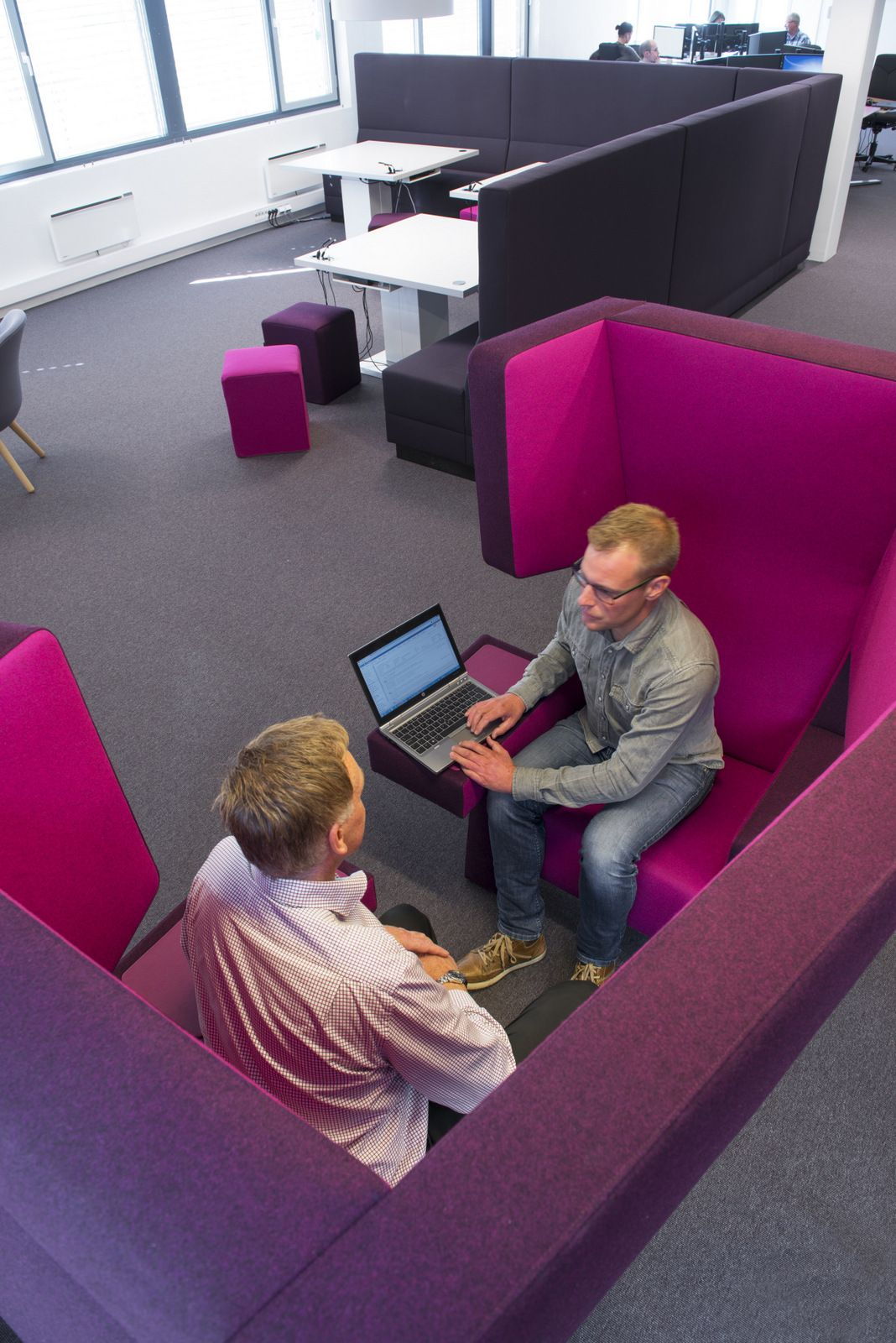 eidsiva-broadband-norway-office-design-11
