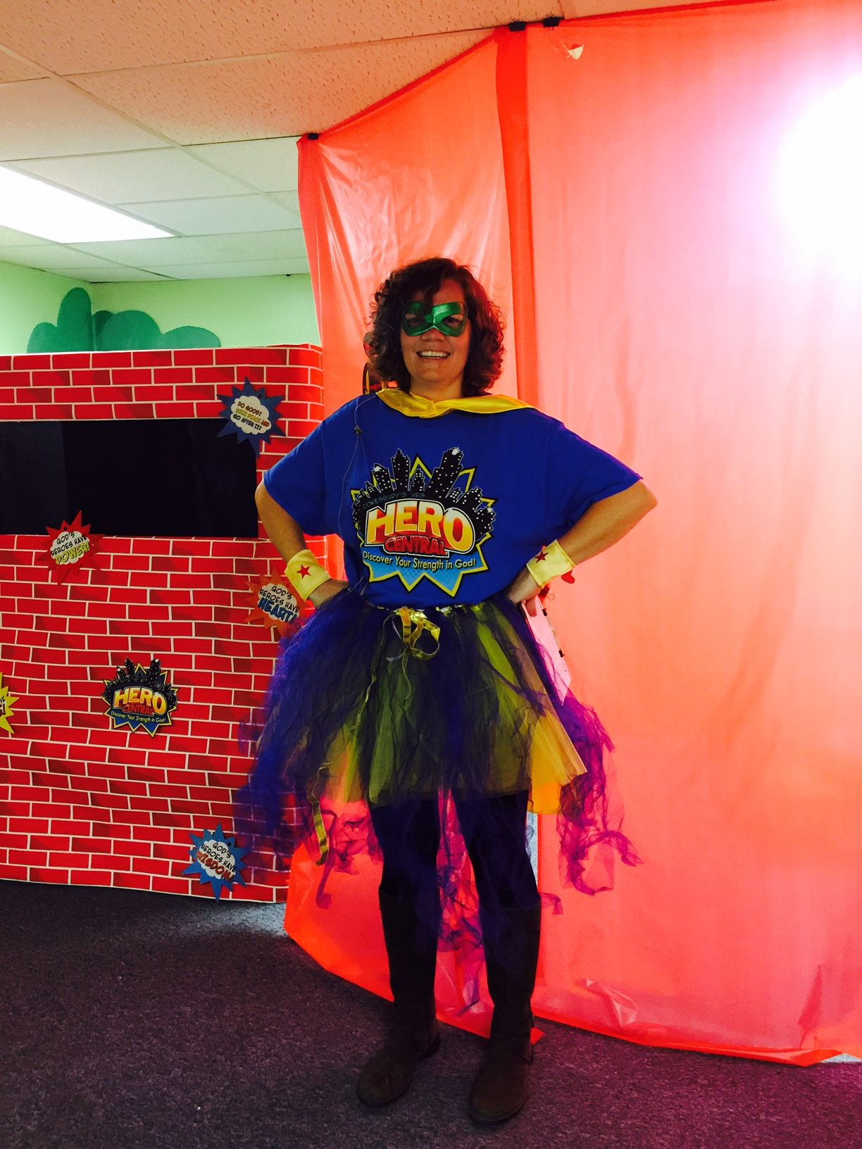 Hero tip keep your upcoming hero central vbs in mind this for Hero central vbs crafts