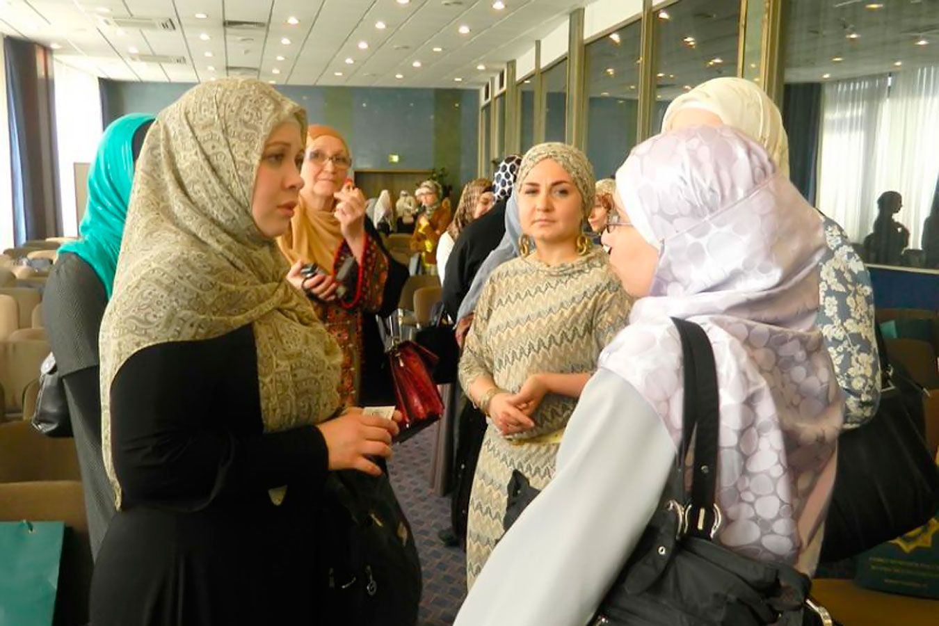 People of Russia-Muslim marriage | Hijab fashion, Fashion