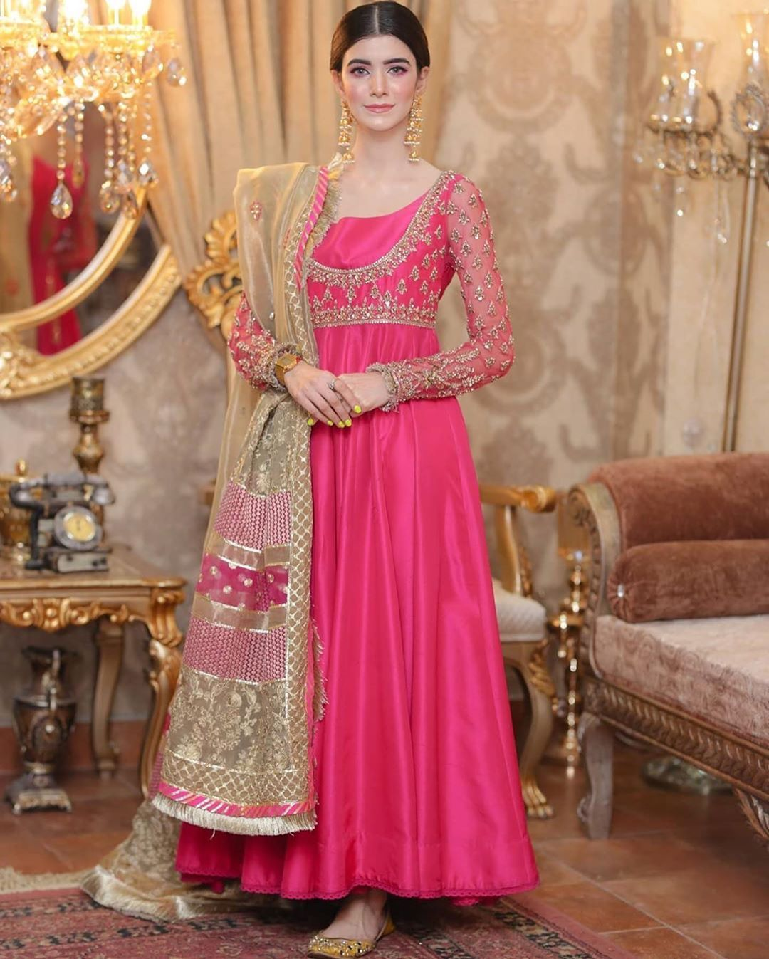 Dulha & Dulhan on Instagram: I love #pink and #peshwas ️