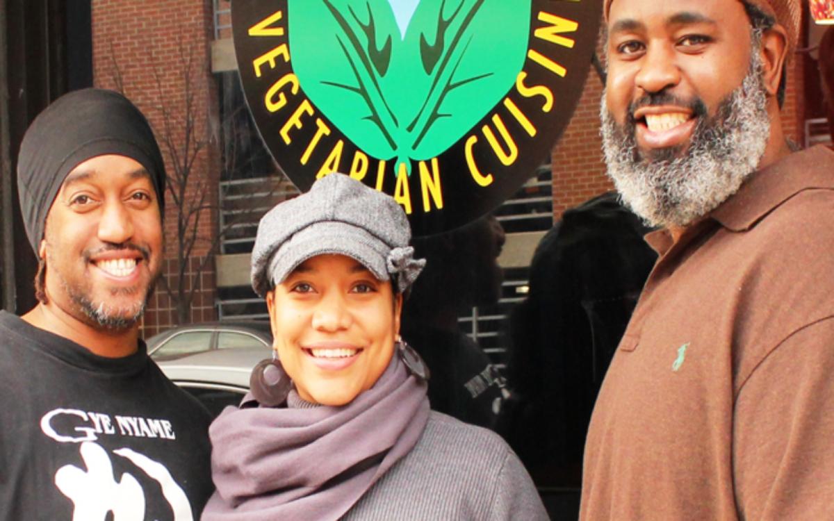 This Awesome Vegan Soul Food Restaurant In Baltimore Will Nourish Your Spirit Vegan Soul Food Soul Food Restaurant Black Entrepreneurs