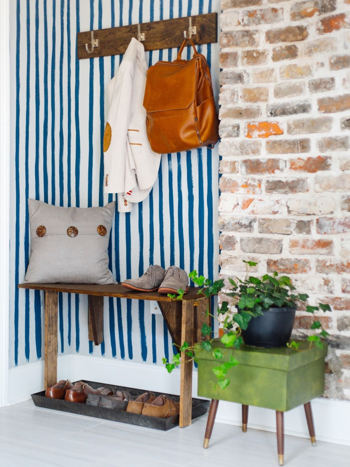 the weekender episode 13 nola laundry room makeover diy on laundry room wall covering ideas id=83702